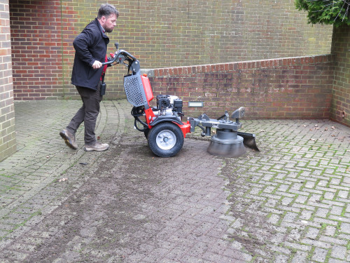 K1500 Removing moss from block paving using the Moss Brush Attachment