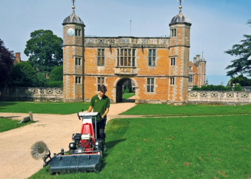 K1500 Sweeper sweeping leaves on grass