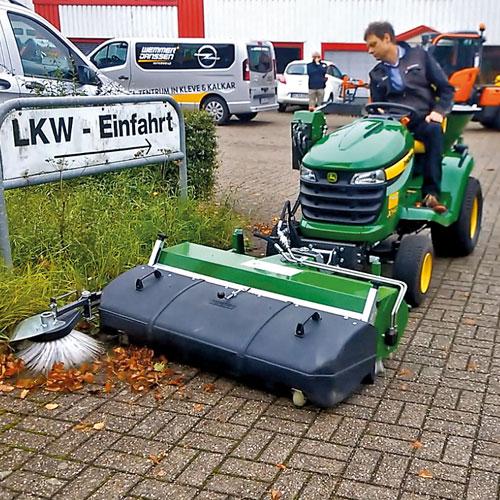 KM-37---FKDR---Sweeper-w2.jpg