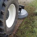 UB-Easy-on-front-loader-New-Holland-Tractor-74