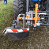 UB-Easy-on-front-loader-New-Holland-Tractor-78