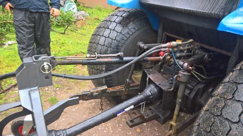 Blower-linkage-and-PTO-LBV.jpg