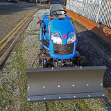 Snow-plough-tractor-iseki-2.0