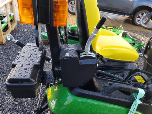 KM-13045-H-sweeper-on-John-Deere-1026-compact-tractor-3.jpg