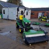 KM-13045-H-sweeper-on-John-Deere-1026-compact-tractor-6