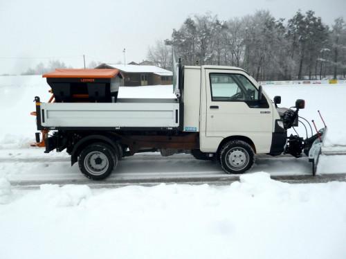 Polaro_L_Lehner_Streuer_Winterdienst.jpg