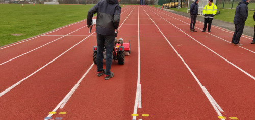 Cleaning-running-track-with-Kersten-sweeper-3.jpg