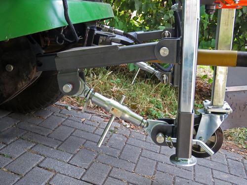 UB-6080-MK-Weedbrush-for-John-Deere-F-1580--1.jpg